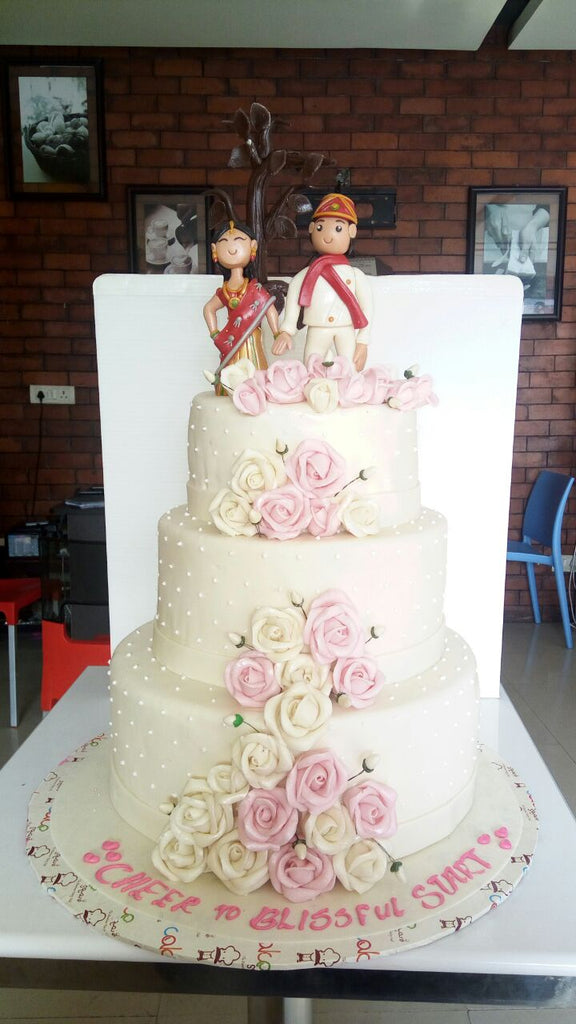 Traditional couple cake 9kgwc111