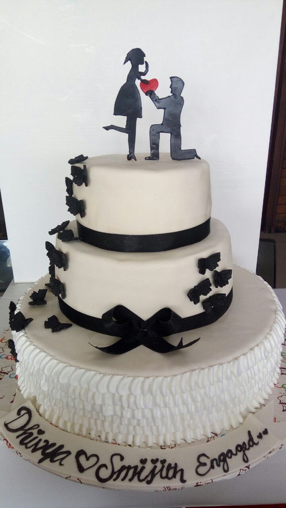 Black and white proposal cake 9kgwc117