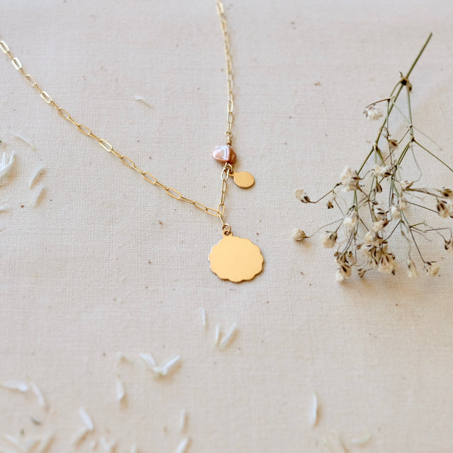 The Fleur necklace