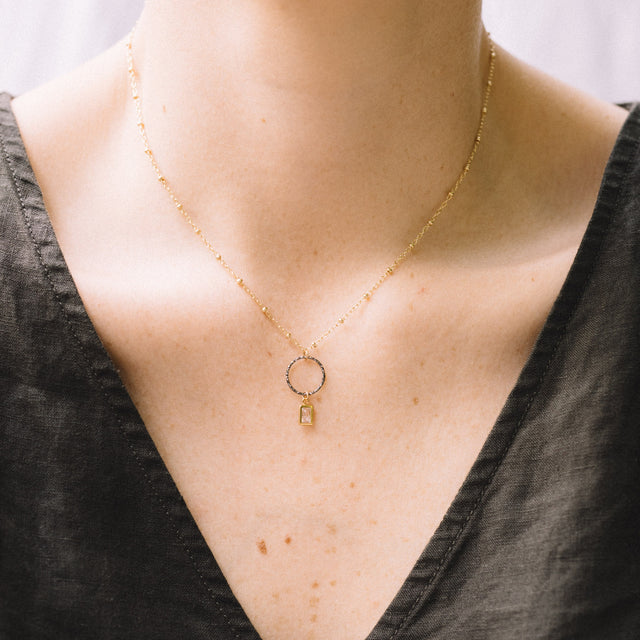 The Rise necklace