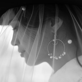 Bride wearing the Lady in White earrings by Elvis et moi