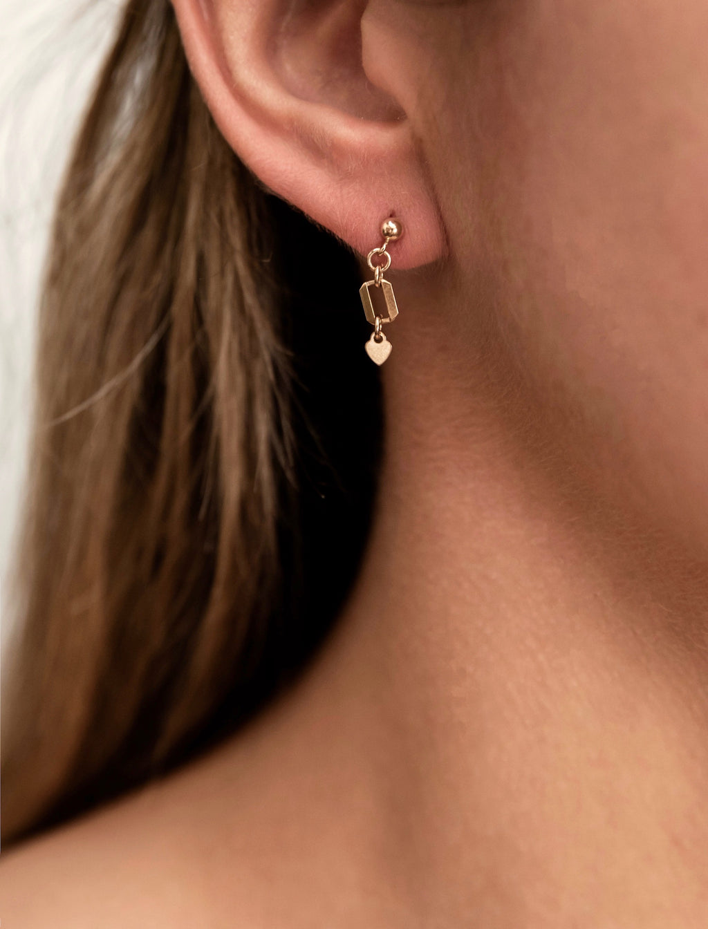 The Mini Bondi earrings