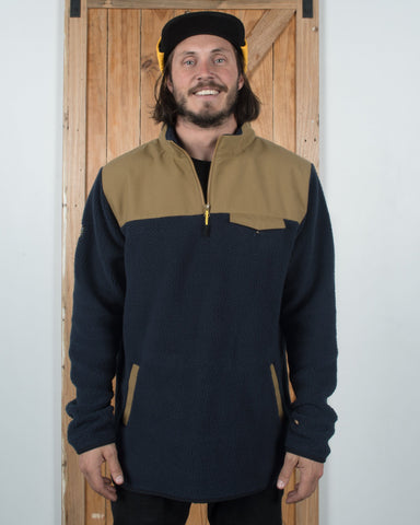 Sherpa Fleece Tan / Navy