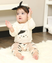 Load image into Gallery viewer, Organic Cotton 2pc Bodysuit & Pant Set (French Cat)
