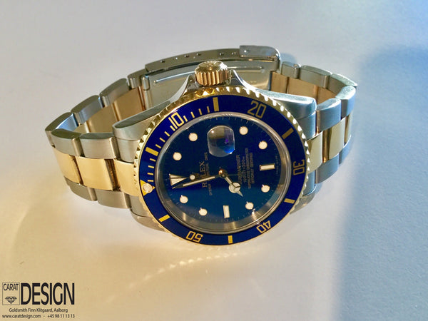 Rolex Submariner Date Steel Gold Blue Dial Automatic 2007 - Ref 16613