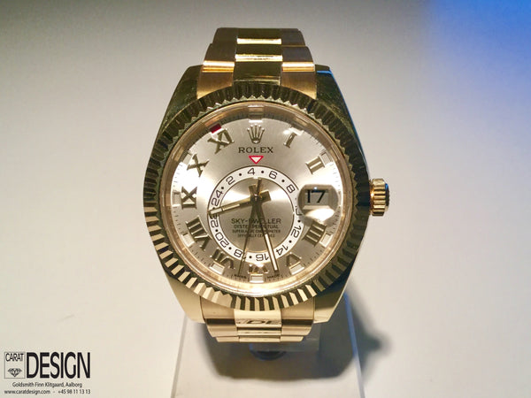 Rolex Sky-Dweller Gold 44mm Watch