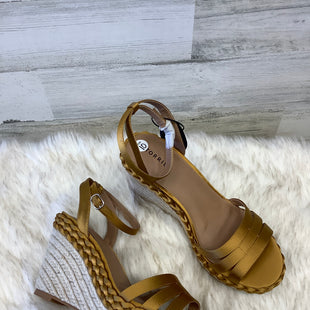Primary Photo - BRAND: TORRID STYLE: SANDALS HIGH COLOR: GOLD SIZE: 10 SKU: 153-153173-1311