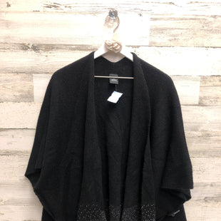 Primary Photo - BRAND:    CLOTHES MENTOR STYLE: SHAWL COLOR: BLACK SILVER SIZE: ONESIZE OTHER INFO: OSFM - SKU: 153-153173-7537