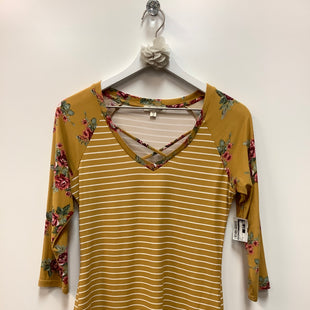 Primary Photo - BRAND: ULTRA FLIRT STYLE: TOP LONG SLEEVE COLOR: GOLD SIZE: S SKU: 153-153174-854