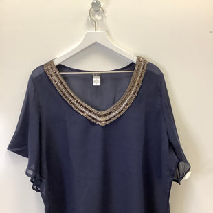 Primary Photo - BRAND:    CLOTHES MENTOR STYLE: TOP SHORT SLEEVE COLOR: NAVY SIZE: 3X OTHER INFO: LUZ - SKU: 153-153174-377