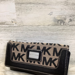 Primary Photo - BRAND: MICHAEL KORS STYLE: WALLET COLOR: BLACK SIZE: MEDIUM SKU: 153-153111-43681