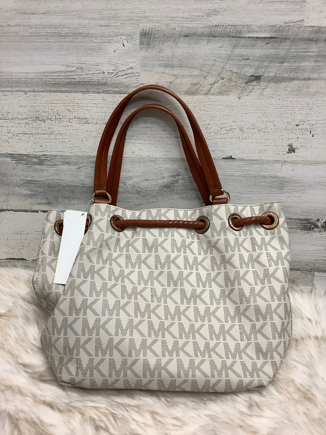Photo #3 - BRAND: MICHAEL KORS <BR>STYLE: HANDBAG DESIGNER <BR>COLOR: WHITE <BR>SIZE: LARGE <BR>OTHER INFO: 30T3GTTT9B <BR>SKU: 153-15399-17329