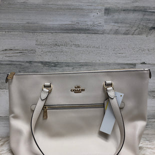 Primary Photo - BRAND: COACH STYLE: HANDBAG DESIGNER COLOR: CREAM SIZE: LARGE SKU: 153-153173-4987