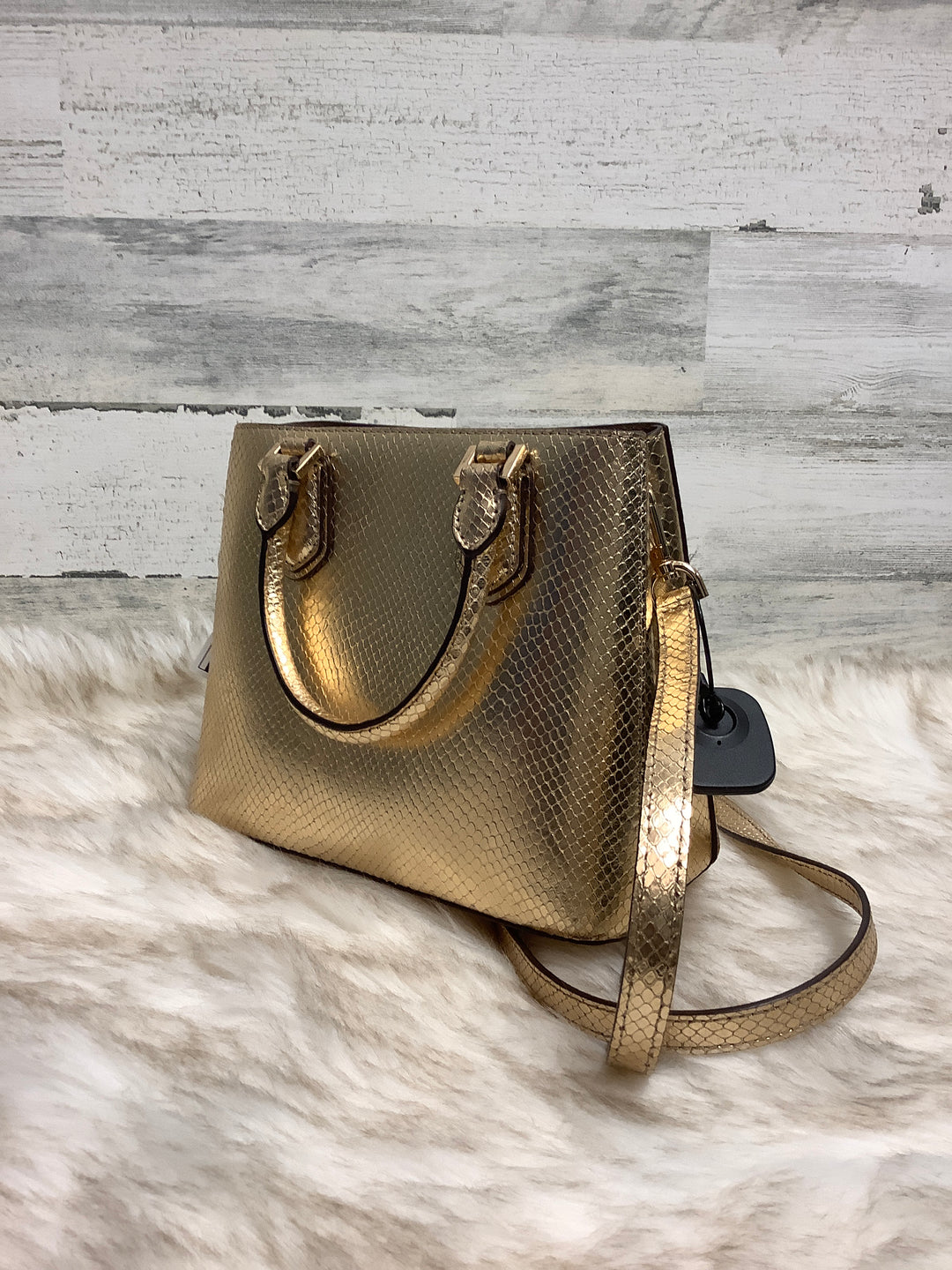 Photo #2 - BRAND: MICHAEL KORS <BR>STYLE: HANDBAG DESIGNER <BR>COLOR: GOLD <BR>SIZE: MEDIUM <BR>OTHER INFO: AS IS <BR>SKU: 153-153173-1461
