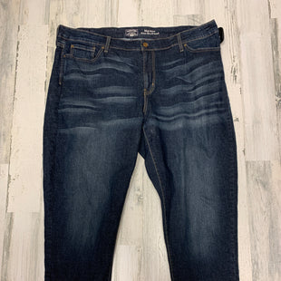 Primary Photo - BRAND: LEVIS STYLE: JEANS COLOR: DENIM SIZE: 22 SKU: 153-153164-15348