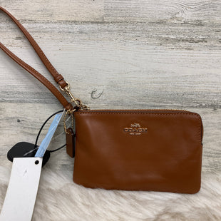 Primary Photo - BRAND: COACH STYLE: WRISTLET COLOR: BROWN SKU: 153-153173-7000