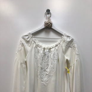 Primary Photo - BRAND: WHITE HOUSE BLACK MARKET STYLE: TOP LONG SLEEVE COLOR: IVORY SIZE: XS SKU: 153-153111-38444