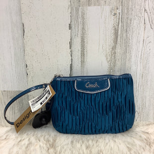 Primary Photo - BRAND: COACH STYLE: WRISTLET COLOR: BLUE SKU: 153-15399-10753