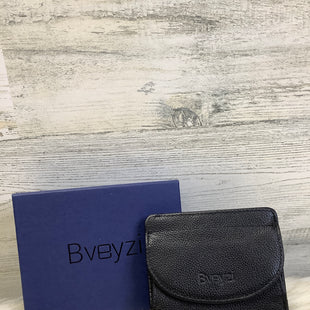 Primary Photo - BRAND:    CLOTHES MENTOR STYLE: WALLET COLOR: BLACK SIZE: SMALL OTHER INFO: BVEYSI - SKU: 153-153111-43764