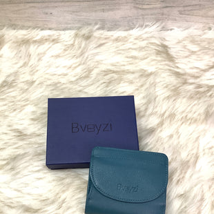 Primary Photo - BRAND:    CLOTHES MENTOR STYLE: WALLET COLOR: TEAL SIZE: SMALL OTHER INFO: BVEYZI - SKU: 153-153111-41153