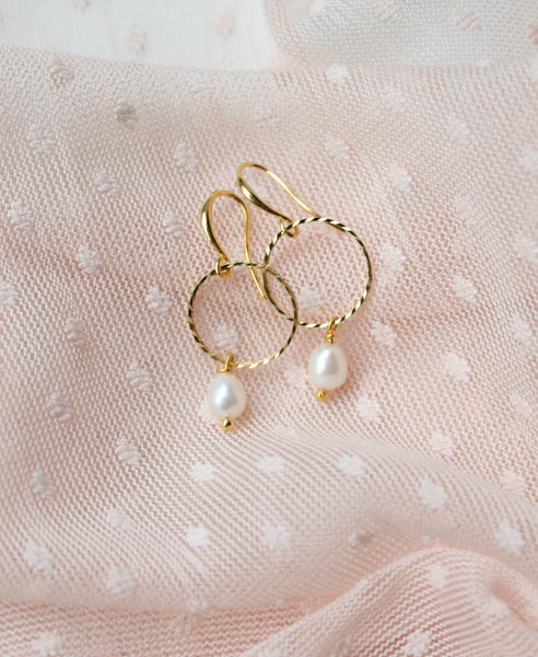 Oorbellen • Big Pearly Hoops, Gold
