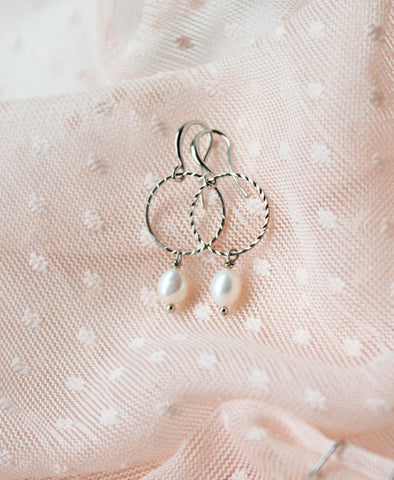 Oorbellen • Big Pearly Hoops, Zilver