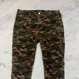 Primary Photo - BRAND: WHITE HOUSE BLACK MARKET STYLE: PANTS COLOR: CAMOFLAUGE SIZE: 12 SKU: 315-31513-72131