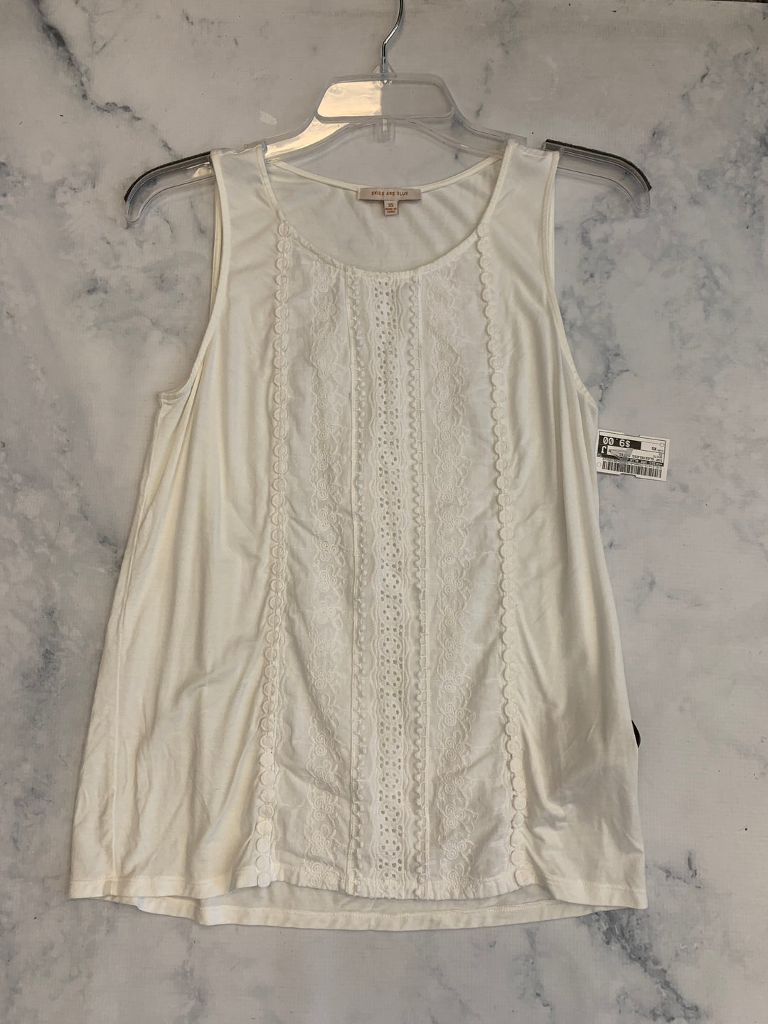 Primary Photo - BRAND: SKIES ARE BLUE <BR>STYLE: TOP SLEEVELESS BASIC <BR>COLOR: WHITE <BR>SIZE: XS <BR>SKU: 315-31513-71685