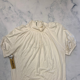 Primary Photo - BRAND: MICHAEL BY MICHAEL KORS STYLE: TOP SHORT SLEEVE COLOR: WHITE SIZE: M SKU: 315-31513-83075