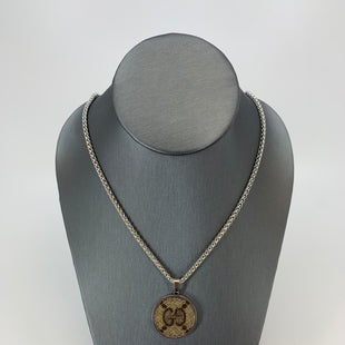 "Primary Photo - BRAND: REPURPOSED GUCCI STYLE: NECKLACE COLOR: SILVER OTHER INFO: SMALL ROUND SKU: 315-31513-72295STAINLESS STEEL 18"" CHAIN."