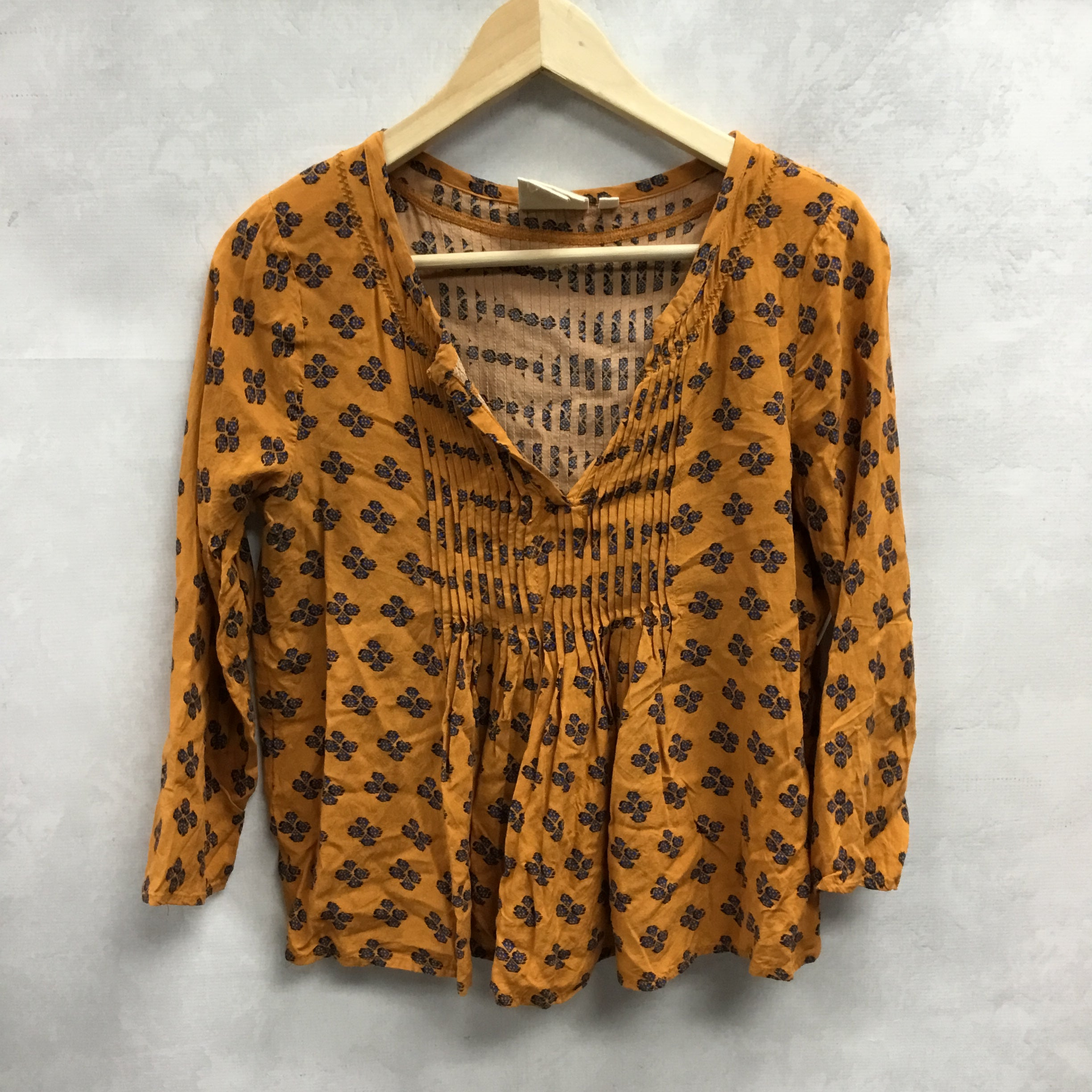 Primary Photo - BRAND: ANTHROPOLOGIE <BR>STYLE: TOP LONG SLEEVE <BR>COLOR: ORANGE <BR>SIZE: XS <BR>SKU: 194-194167-33237