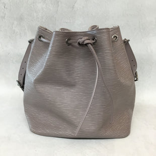 Primary Photo - BRAND: LOUIS VUITTON STYLE: HANDBAG DESIGNER COLOR: LILAC SIZE: MEDIUM OTHER INFO: 2000 EPI PETIT NOE SKU: 194-194167-320899.75X10.5X7.25STRAP DROP 10.5. AS IS- SEE PICS OF CONDITION.