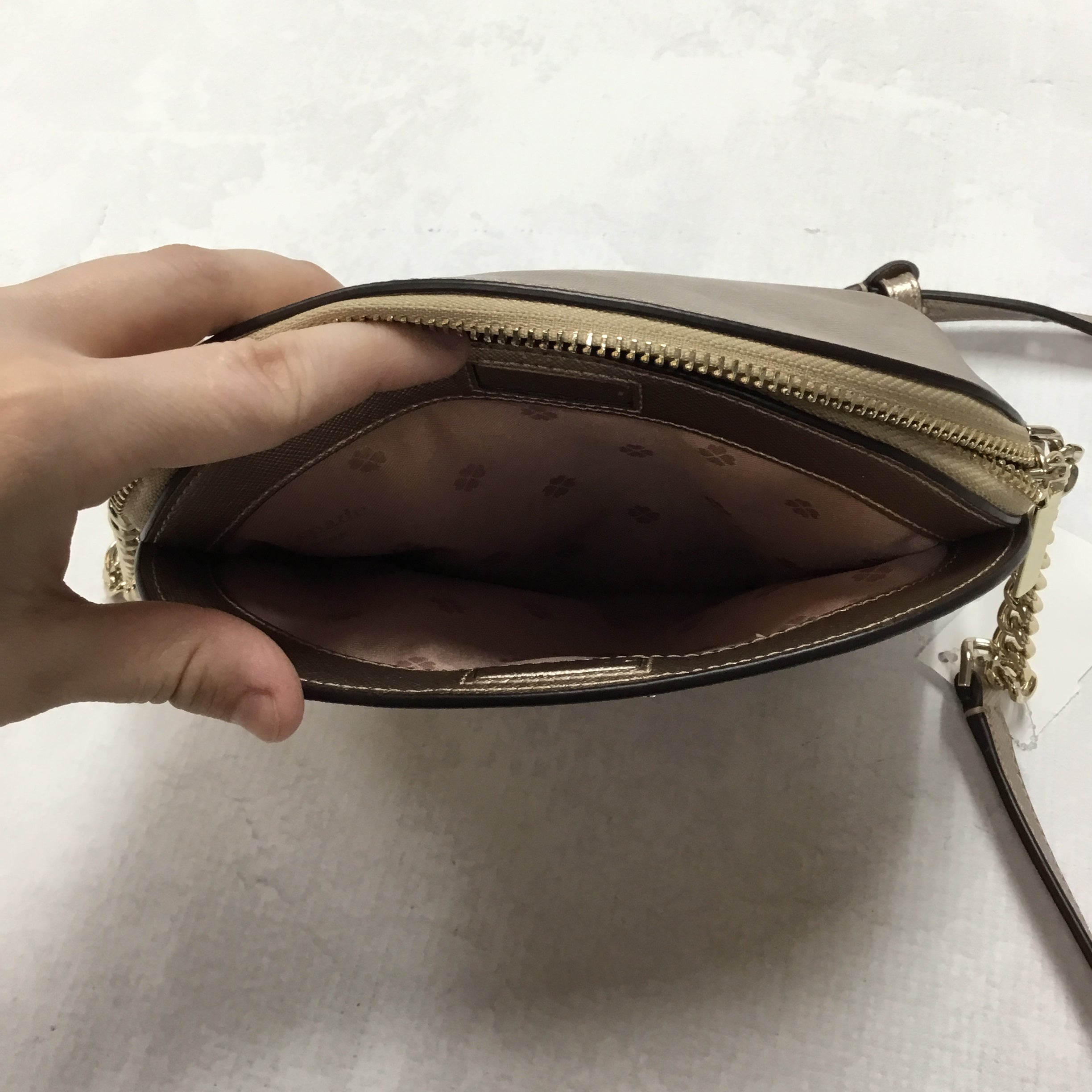Photo #2 - BRAND: KATE SPADE <BR>STYLE: HANDBAG DESIGNER <BR>COLOR: ROSE <BR>SIZE: SMALL <BR>OTHER INFO: ROSE GOLD <BR>SKU: 194-194229-1530