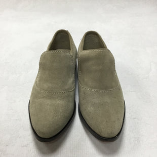 Primary Photo - BRAND: FREE PEOPLE STYLE: SHOES FLATS COLOR: GREY SIZE: 5.5 OTHER INFO: AS IS SKU: 194-194167-30301