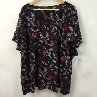 Primary Photo - BRAND: LANE BRYANT STYLE: TOP SHORT SLEEVE COLOR: FLORAL SIZE: 28 SKU: 194-194238-430