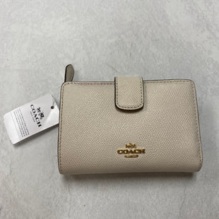 Primary Photo - BRAND: COACH STYLE: WALLET COLOR: WHITE SIZE: SMALL SKU: 194-194167-33982