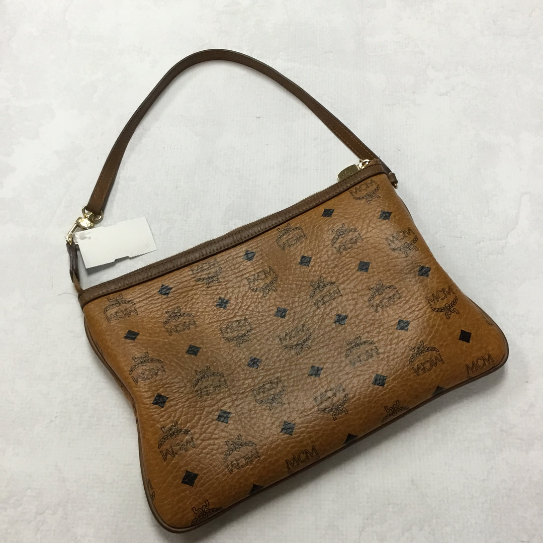 Primary Photo - BRAND: MCM <BR>STYLE: HANDBAG DESIGNER <BR>COLOR: BROWN <BR>SIZE: SMALL <BR>OTHER INFO: PRICED WITH CONDITION IN MIND<BR>SKU: 194-19414-36472