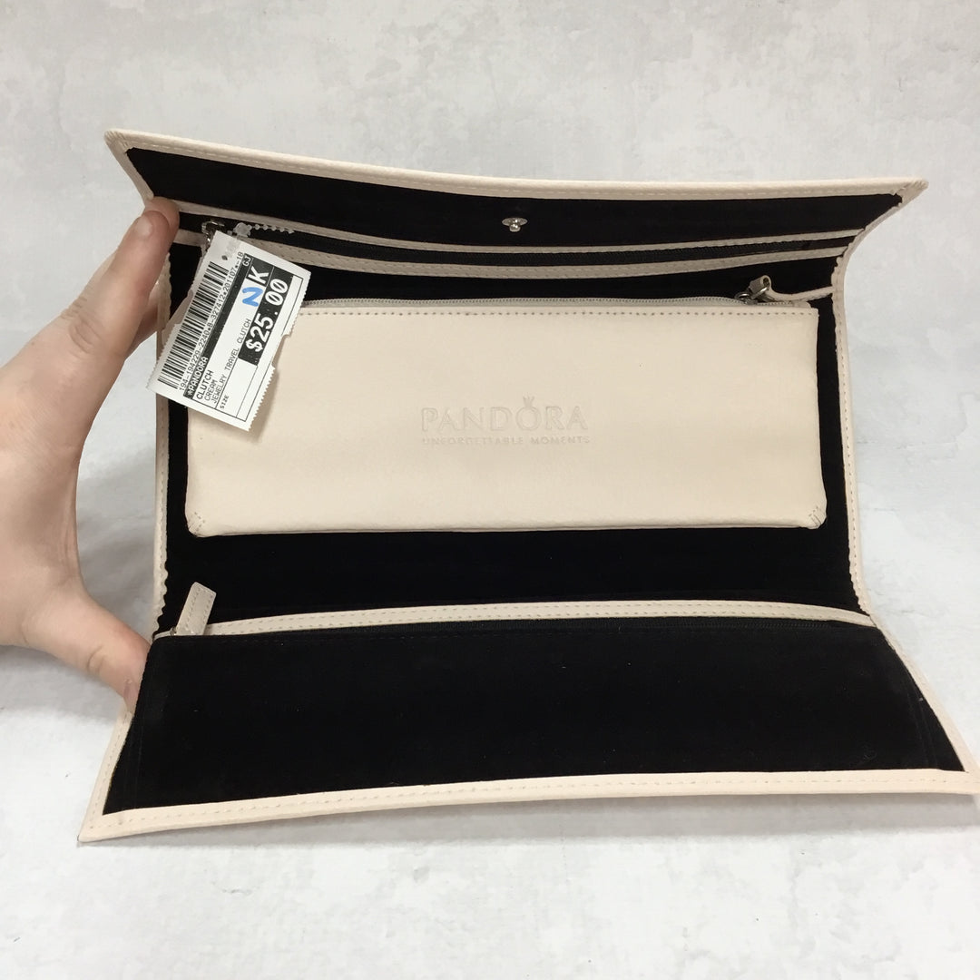 Photo #2 - BRAND: PANDORA <BR>STYLE: CLUTCH <BR>COLOR: CREAM <BR>OTHER INFO: JEWELRY TRAVEL CLUTCH <BR>SKU: 194-194229-2240