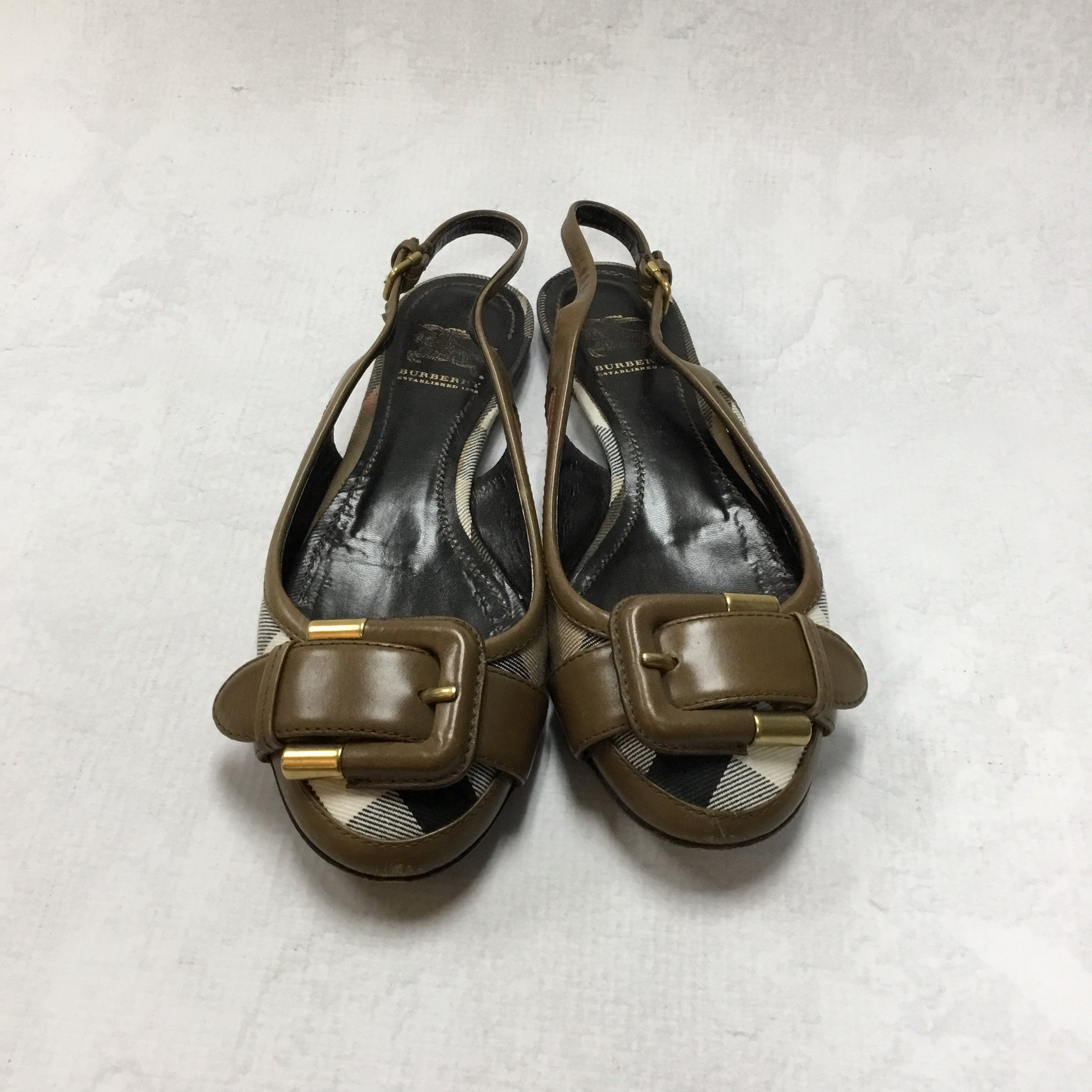 Primary Photo - BRAND: BURBERRY <BR>STYLE: SHOES FLATS <BR>COLOR: BURBERRY PLAID <BR>SIZE: 5 <BR>OTHER INFO: AS IS <BR>SKU: 194-194194-6793
