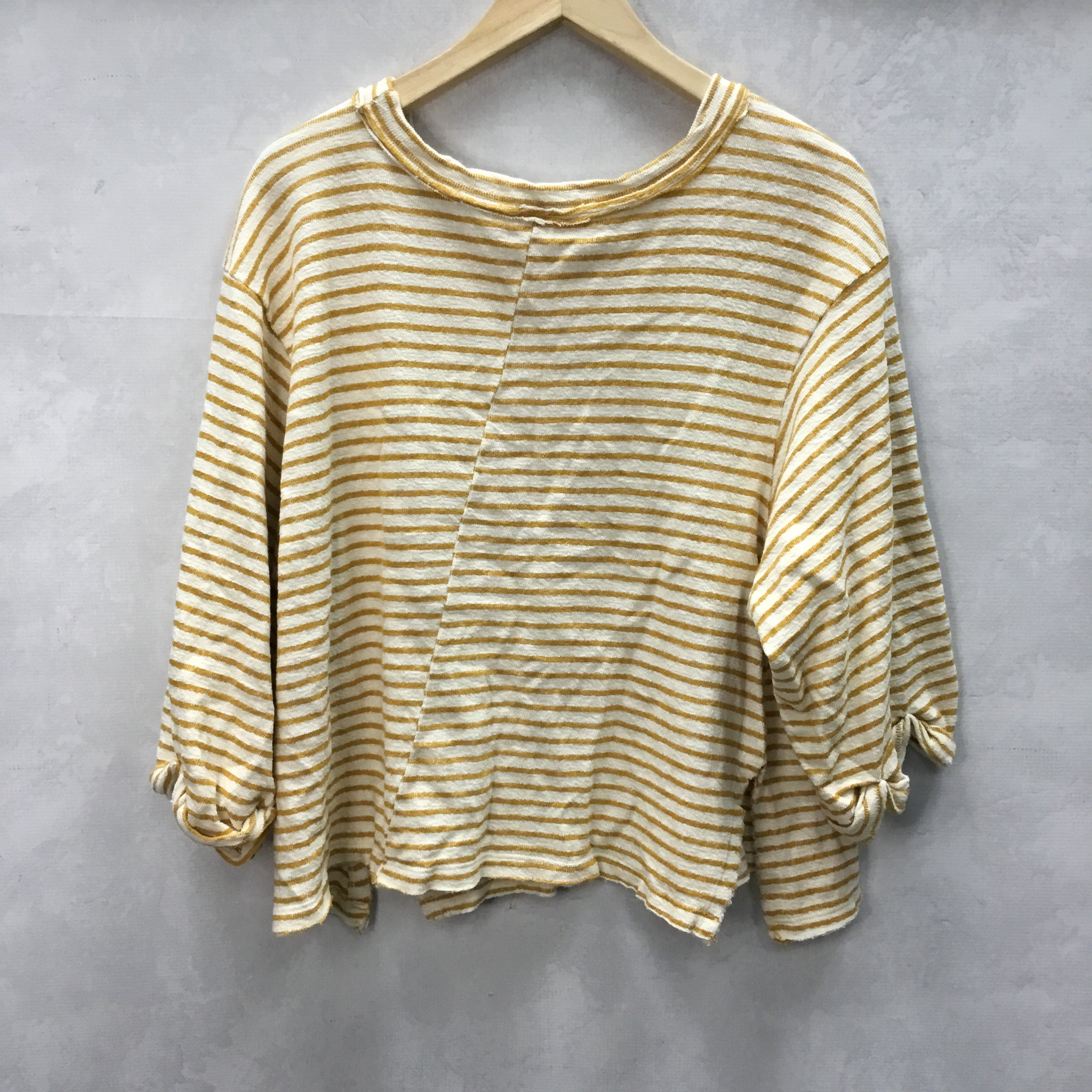 Photo #2 - BRAND: BY TOGETHER <BR>STYLE: TOP SHORT SLEEVE <BR>COLOR: STRIPED <BR>SIZE: S <BR>SKU: 194-194167-30897