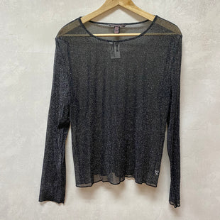 Primary Photo - BRAND: VICTORIAS SECRET STYLE: TOP LONG SLEEVE COLOR: SPARKLES SIZE: M SKU: 194-194220-6262
