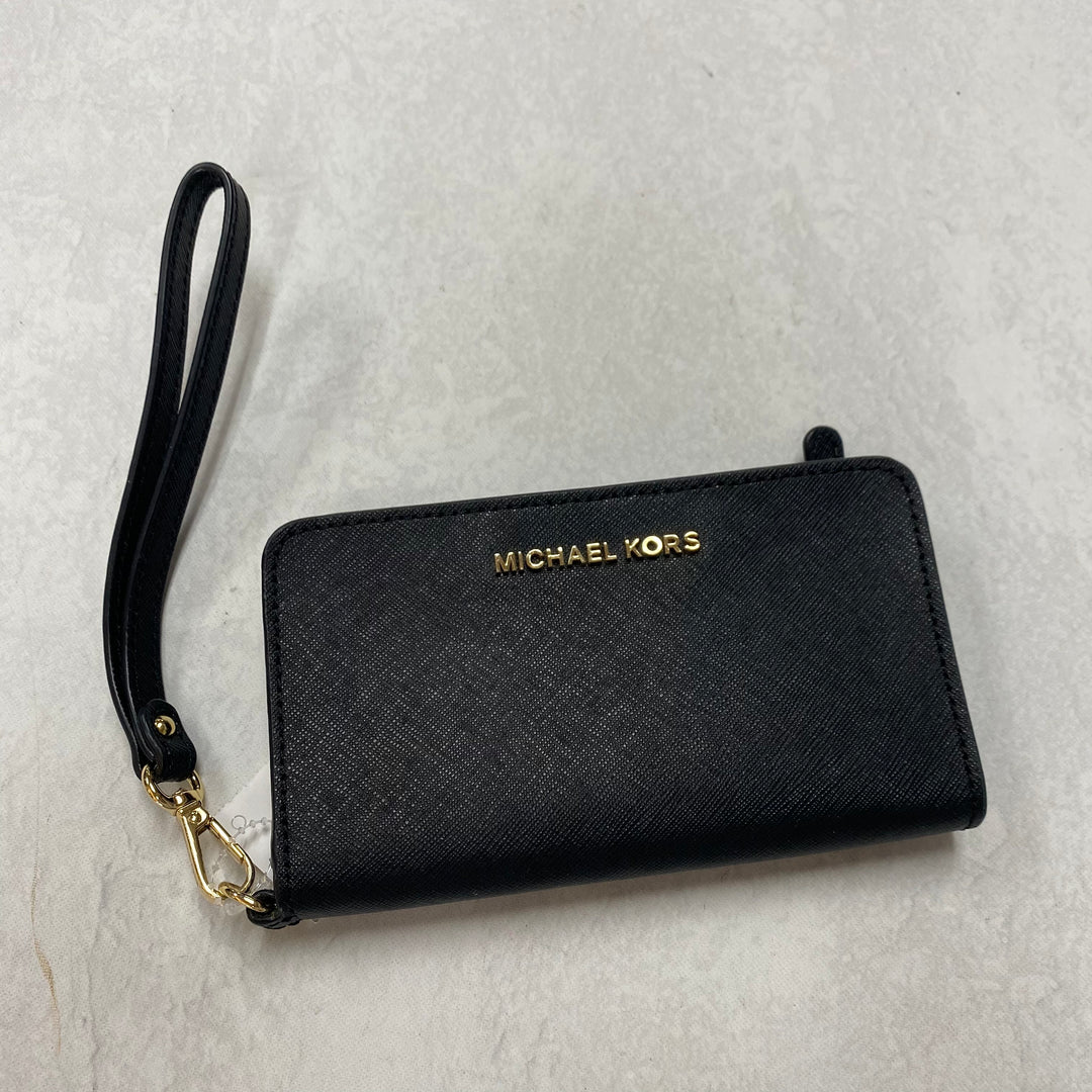 Primary Photo - BRAND: MICHAEL BY MICHAEL KORS <BR>STYLE: WRISTLET <BR>COLOR: BLACK <BR>SKU: 194-194167-33979