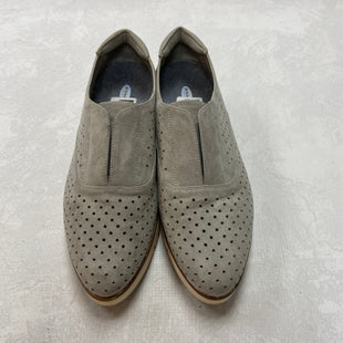 Primary Photo - BRAND: DR SCHOLLS STYLE: SHOES FLATS COLOR: GREY SIZE: 11 SKU: 194-194197-13458