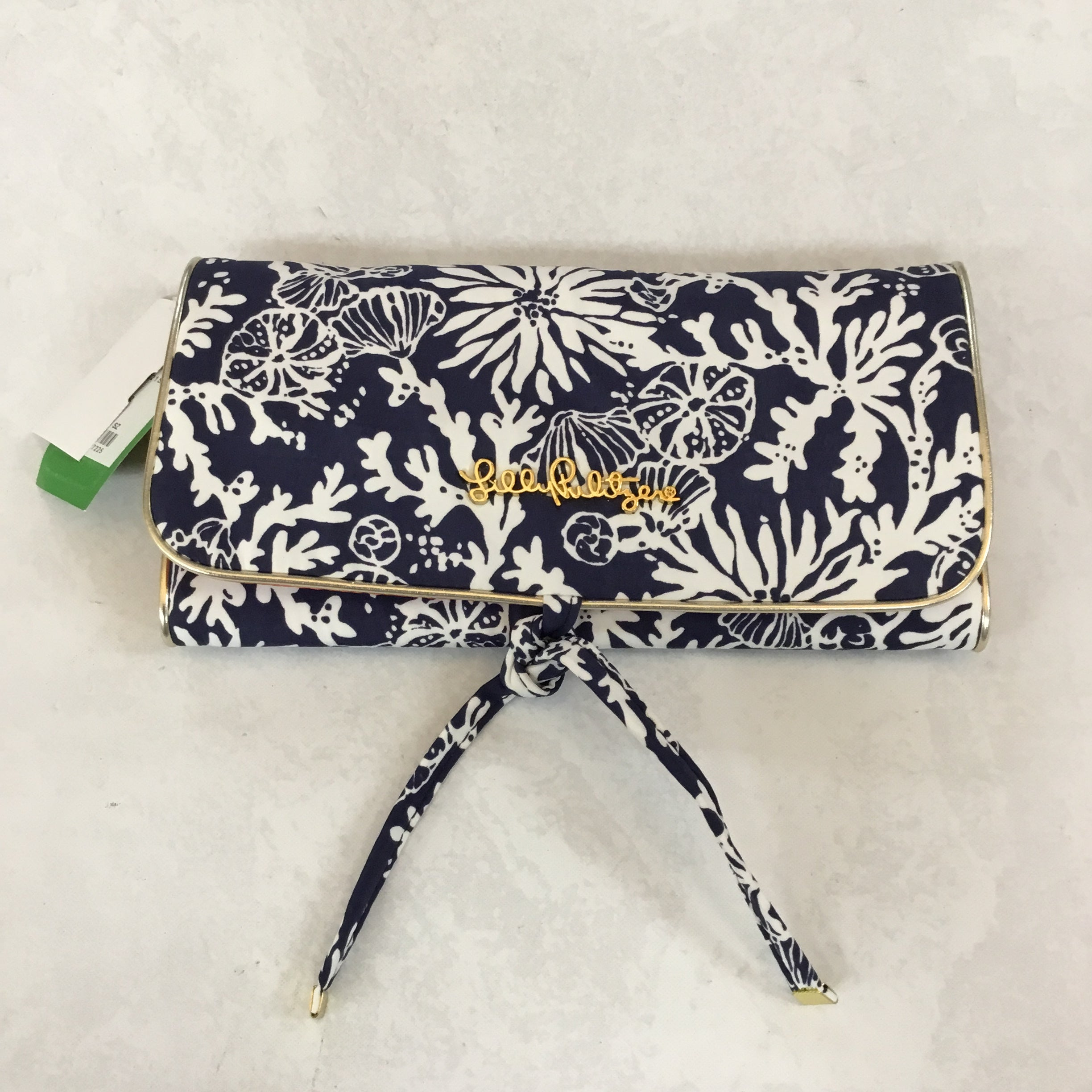 Primary Photo - BRAND: LILLY PULITZER <BR>STYLE: MAKEUP BAG <BR>COLOR: NAVY <BR>SIZE: LARGE <BR>SKU: 194-194225-2336