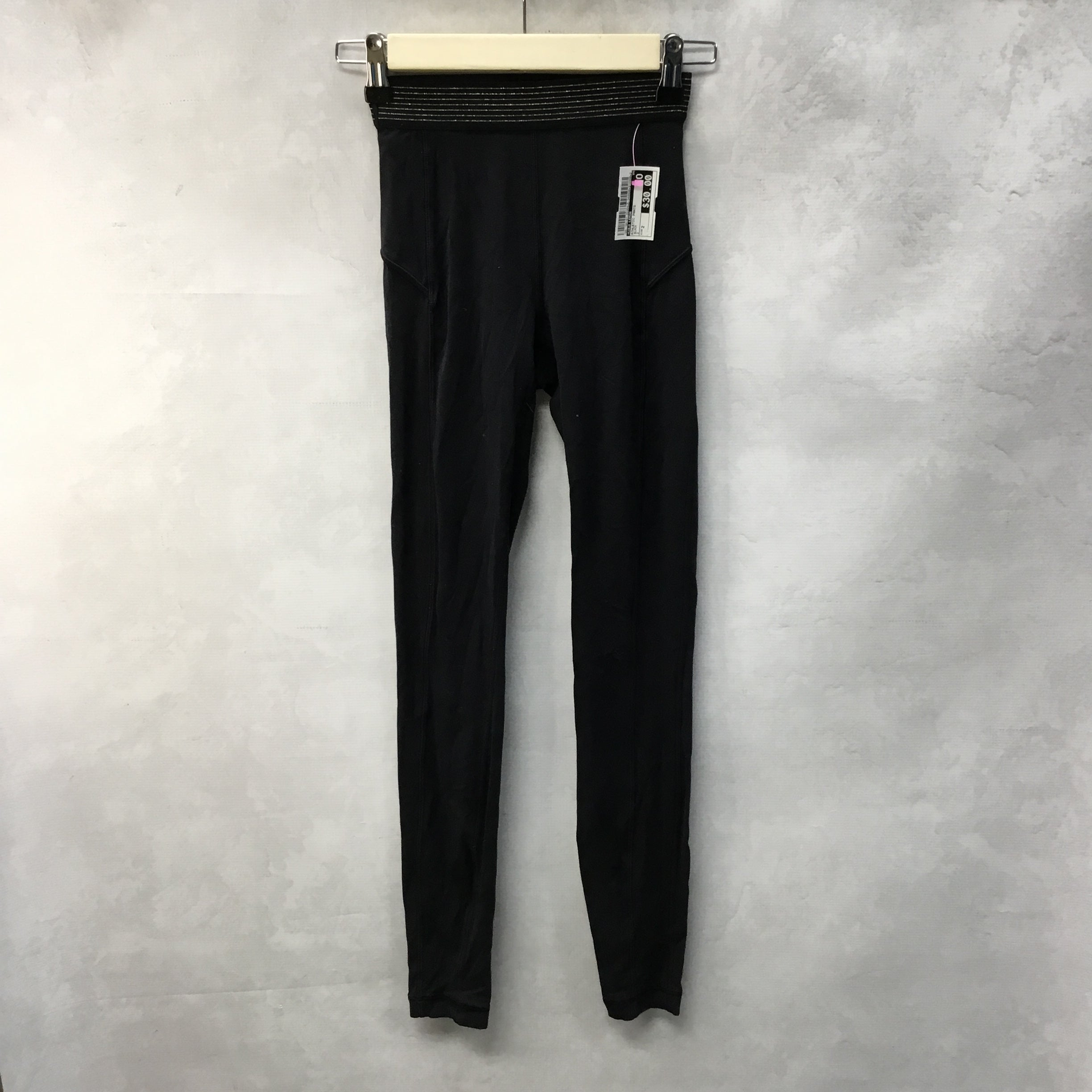 Primary Photo - BRAND: LULULEMON <BR>STYLE: ATHLETIC PANTS <BR>COLOR: BLACK <BR>SIZE: 2 <BR>SKU: 194-194167-33259