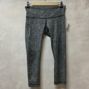 Primary Photo - BRAND: LULULEMON STYLE: ATHLETIC CAPRIS COLOR: GREY SIZE: 6 SKU: 194-194237-74