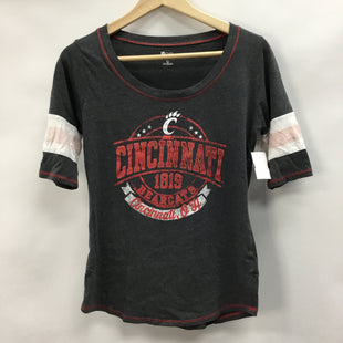 Primary Photo - BRAND:    CLOTHES MENTOR STYLE: TOP SHORT SLEEVE BASIC COLOR: GREY SIZE: M OTHER INFO: KNIGHTS APPAREL - BEARCATS SKU: 194-194183-23063