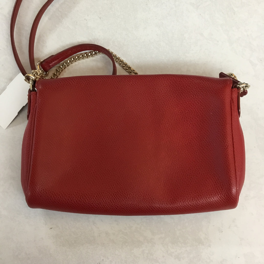 Photo #2 - BRAND: COACH <BR>STYLE: HANDBAG DESIGNER <BR>COLOR: RED <BR>SIZE: SMALL <BR>OTHER INFO: AS IS <BR>SKU: 194-194229-3313<BR>BOTH CLUTCH CHAIN AND CROSSBODY STRAP CAN COME COMPLETELY OFF. <BR>8X5.5X1