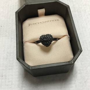 Primary Photo - BRAND: JUICY COUTURE STYLE: RING COLOR: CHARCOAL OTHER INFO: HEART SKU: 194-194229-2084SIZE: 8.5