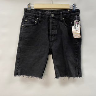 Primary Photo - BRAND: WE THE FREE STYLE: SHORTS COLOR: CHARCOAL SIZE: 0 OTHER INFO: NWT SKU: 194-194220-7084